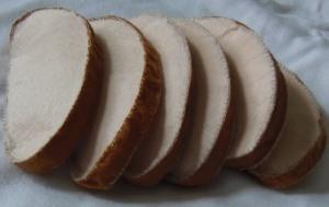 Kromki chleba z filcu