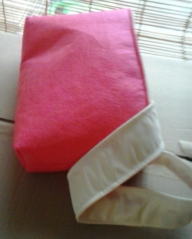 Filcowa torebka z paskiem dla przedszkolaka